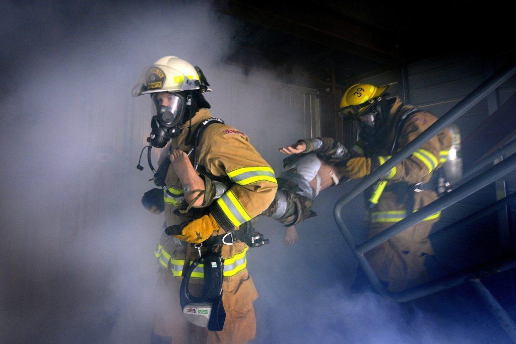 firemen-78110_1920
